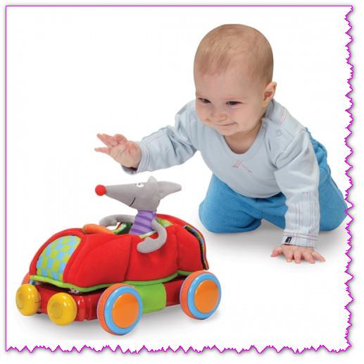 Выбираем игрушки детям до года
